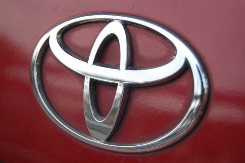 Shell y Toyota inauguran hidrogenera en California