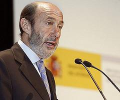 Rubalcaba apoyará las renovables